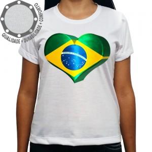 Camiseta Brasil Coração