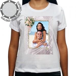Camiseta Com Sua Foto Moldura Dia dos Namorados Bouquet Rosas