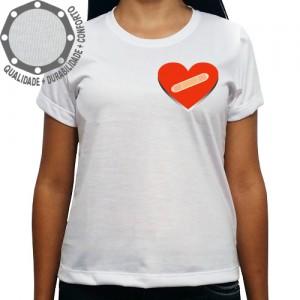 Camiseta Coração Band Aid