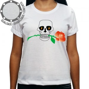 Camiseta Caveira Rosa na Boca